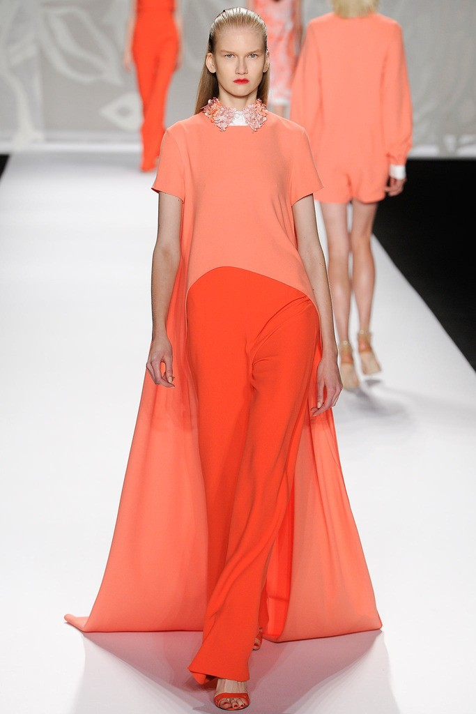 WHAT EVERY WOMAN NEEDS: How to wear orange (Monique L'Hullier)