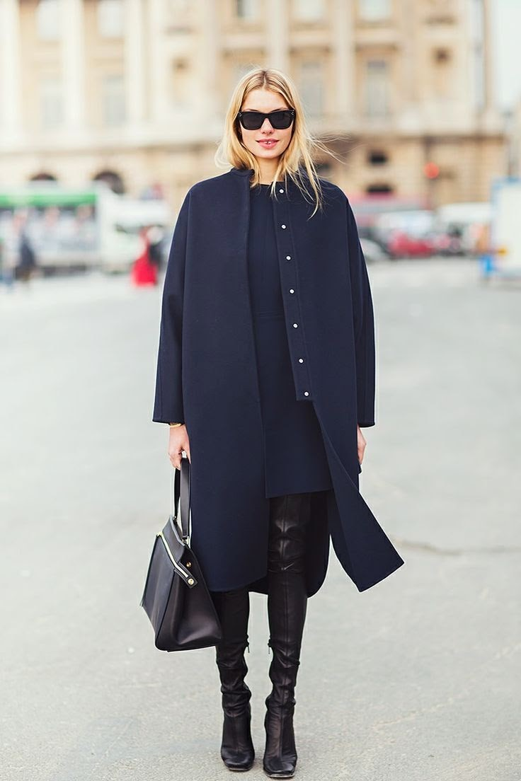 How to wear black and navy